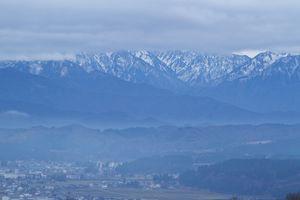 冠雪の越後三山