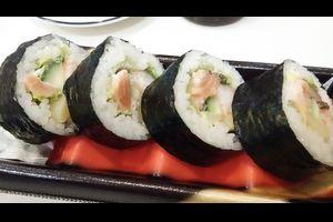 オオゼキの平成巻きである:320円|寿司