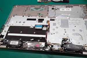 東芝Satellite P55-A5312 キーボード交換