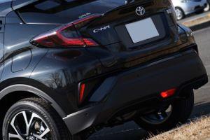 トヨタ C-HR 隠れたオススメオプション「寒冷地仕様」リアフォグランプの評価は?