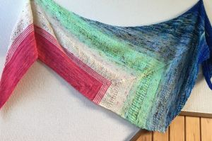 Find Your Fade Shawl 終わりました~【完成】