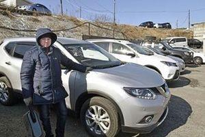 露への中古車輸出、1カ月以上も停止 2000台立ち往生