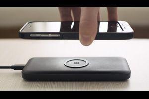 Apple、「iPhone」向けのワイヤレス充電システムの開発でBroadcomと提携か