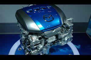 車内の静粛性UP!どの車種にも適合する防音・静音パーツ!ロードノイズや風切音、エンジン音を改善!