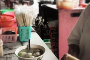 魯肉飯と魚丸湯・台湾初心者のわたしが食べたもの