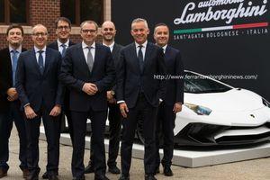 マサチューセッツ大学とランボルギーニが未来のスーパーカー開発の為提携を発表