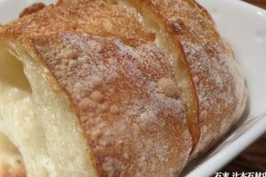 【パンの最強のお供=冬は『熱々!!フォアグラエッグ』】祇園のフレンチレストラン・【ビストロメール】さんでいただく『花篭パン』