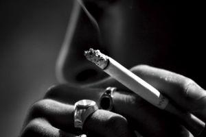 【画像】喫煙者の酷さがよくわかる一枚の写真が話題にwww