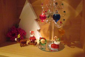 ダイソー♪ガラスのツリーとキャンドゥのガラスサンタ