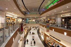 「何時間でもいれそう・・」外国人も魅了する日本のショッピングモール