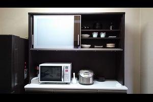 シンプルライフの食器棚公開◆断捨離3年め、片付けの順番と画像ビフォーアフター