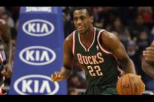 【NBA】バックスのクリス・ミドルトンがハムストリングの断裂で約6カ月の離脱・・・