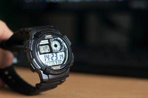 CASIO デジタル腕時計 AE-1000W-1A購入