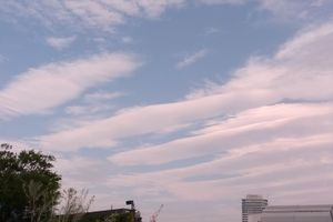 (画像・地震雲?)10月25日~、関東で分散して地震・・