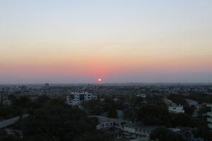 雲がない日の夕陽 (2016年10月21日)