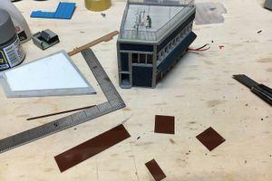 トミーテック・角ビル改め台形ビルと kato・角店の電飾 その2