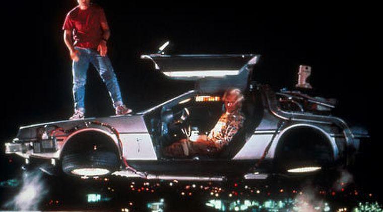 子どもワイ「さすがに2020年までには車飛ぶやろ…」