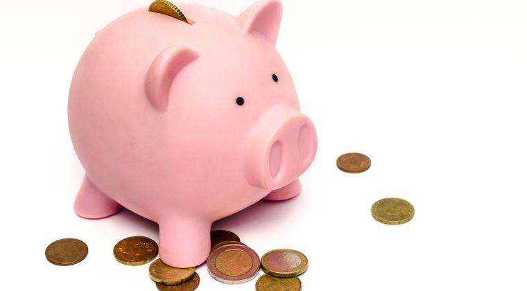 オナニーする直前にオナニー税として必ず貯金箱に100~200円入れる→半年間欠かさず続けた結果www
