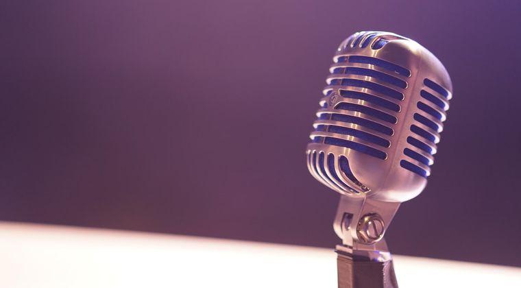 声優がキャラになりきって喋るラジオ番組とかってある?