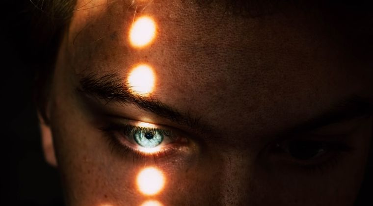 催眠音声「じゃあ目を閉じて♥?」←最初から閉じてたんやが… #催眠音声