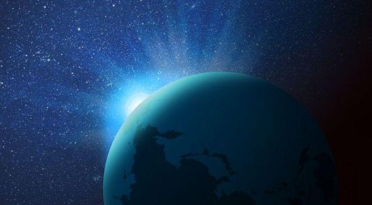 【地球平面説】NASAの画像は不自然に加工されている…フリーメイソンも暗躍