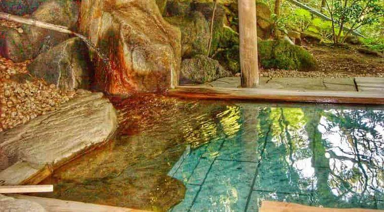 温泉チャートが話題!東京から1泊2日で行けるおすすめ温泉は?好みの温泉地がすぐ分かる