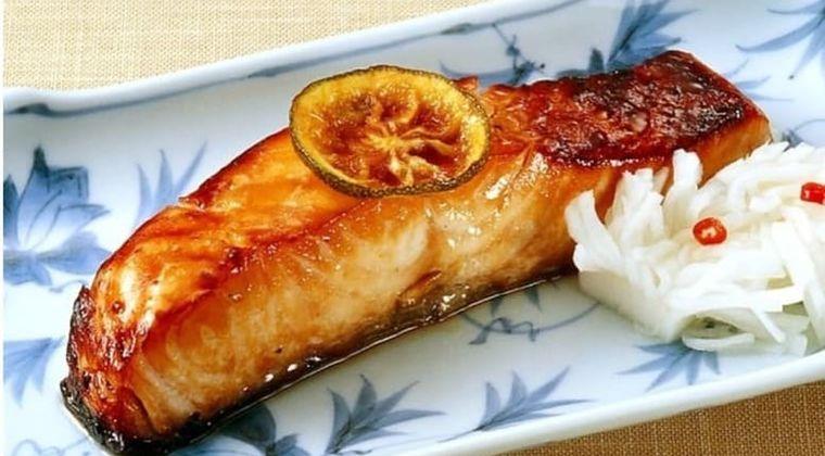 ヘルシーな秋味・秋鮭におすすめ♪「鮭の幽庵焼き」作り方・レシピ