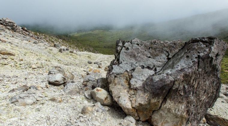 【霧島連山】新燃岳で山が隆起する「地盤変動」を観測…マグマの供給が始まった模様