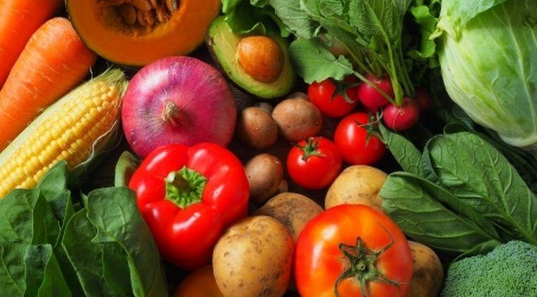 【レクチン】人体に害を及ぼすおそれが食べ物がこちら → 「トマト、じゃがいも、ナッツ、とうもろこし、赤豆」