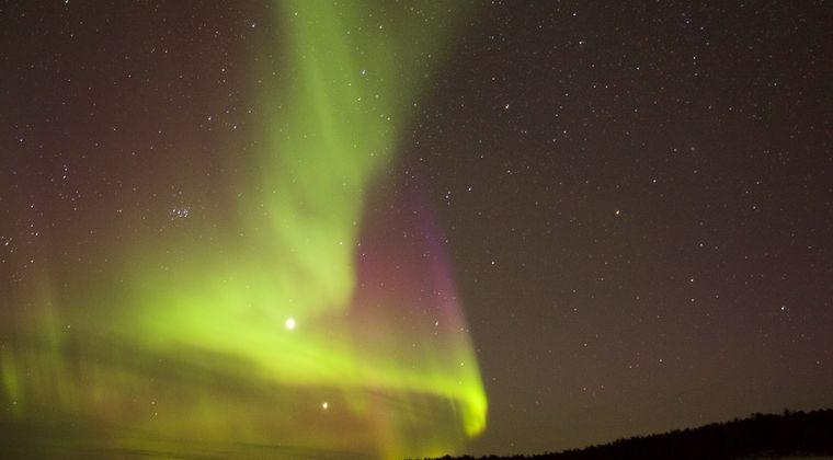 【ポールシフト】地球の北磁極が異例の速さでシベリア方向に移動中!年間55kmも移動