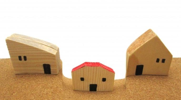 【熊本地震】液状した住宅の地中から大量コンクリート片を発見…産業廃棄物で埋め立てか?