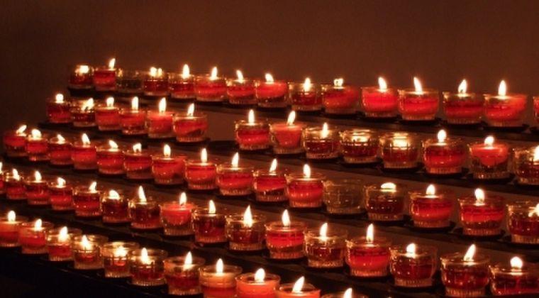 【黙祷】阪神・淡路大震災の発生時刻「午前5時46分」の夜明け前の追悼に「限界」…負担となり、取りやめが相次ぐ