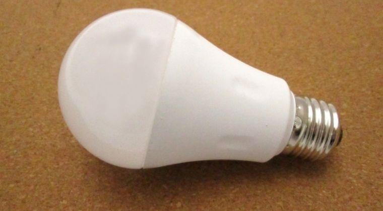 【エコ】LED出始めの初期頃「10万時間使用可能!」 → 現在「5000時間」なぜなのか?寿命がだんだん短くなっている謎