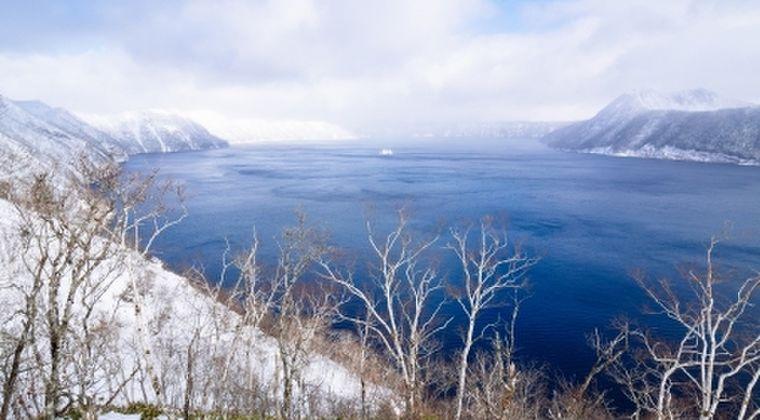 【北海道】凍らないはずなのに「摩周湖」の結氷が始まる… 全面結氷すれば2年連続