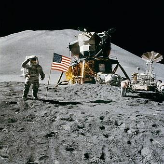 【NASA】2028年に再び「月」へ人類を送る計画…今度は月に滞在します