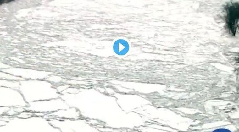 【氷河】アメリカ・イリノイ州を流れるカンカキー川で「アイスジャム」という氷が詰まる現象が発生、今後「洪水」が起きる懸念