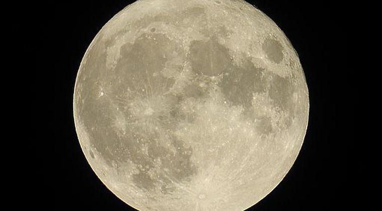 【引力】来週19日は「スーパームーン」です。今年最大の満月になります。