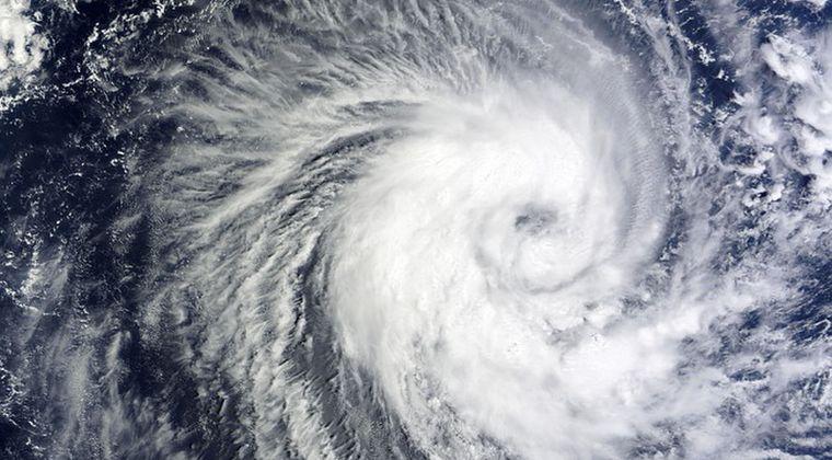 【珍しい現象】元日に発生していた台風1号が「サイクロン」に変化…22年ぶりの現象で観測史上7回目