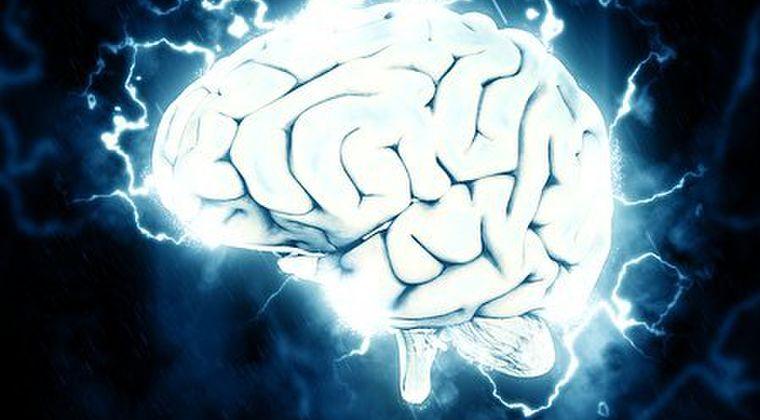 【研究】脳の特定の箇所に電流を流すだけで、人は「別の誰か」になってしまう