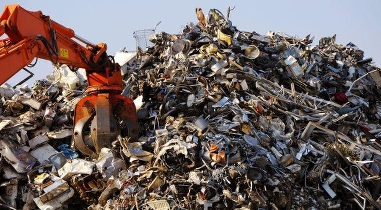 【原発事故】政府「除染ゴミが一向に無くならないから、建設資材などにしてどんどん再生利用しよう!」しかし反対の声が多く、現在も10万ヶ所以上に残ったままに