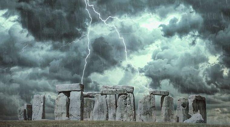 【5000年前】イギリスにある「ストーンヘンジ」の石ってどこからどうやって持ってきたの?その巨石の正確な採掘場所が判明か
