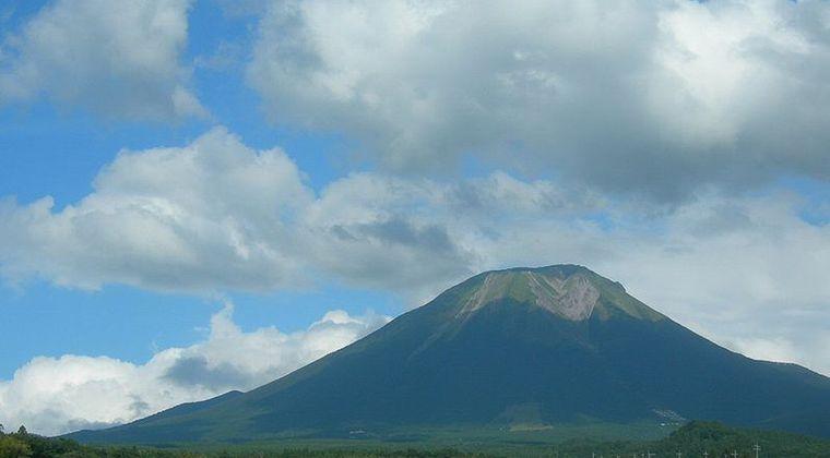【原発】鳥取県にある火山「大山」が噴火したら3原発に想定を超える「火山灰」が降ることが判明
