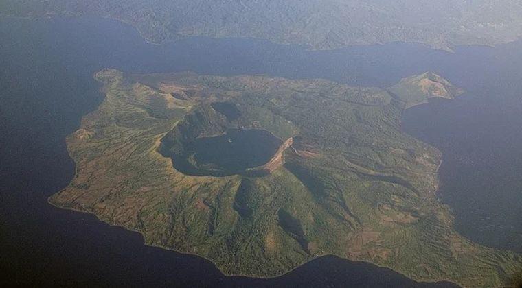 【フィリピン】タール火山の噴火、数日以内に大規模噴火になると当局も警告…100万人に完全避難を呼びかけ
