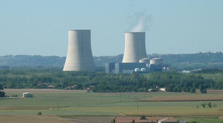 【ヤバイ】熱波影響によりフランスの原発2基が停止…暑すぎて冷却できず