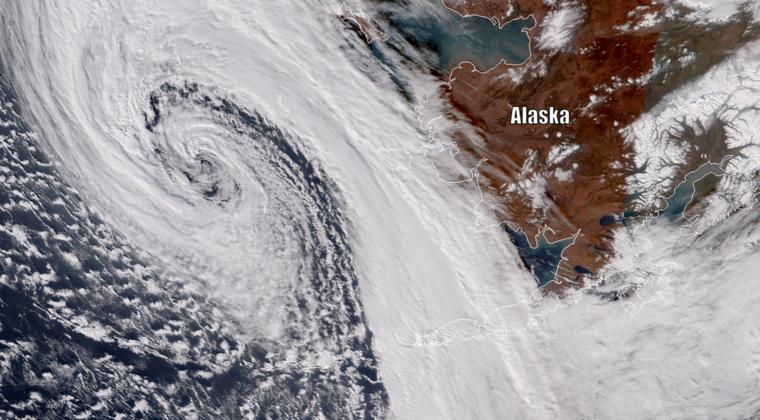 【最強台風】元台風19号さん、ついにアメリカ・アラスカ州まで上陸か?中心気圧は「952hPa」