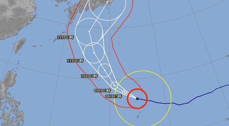【ヤバい】最強クラス台風19号さん、急カーブして関東に直撃してしまう…さらに「900hPa」まで発達する模様