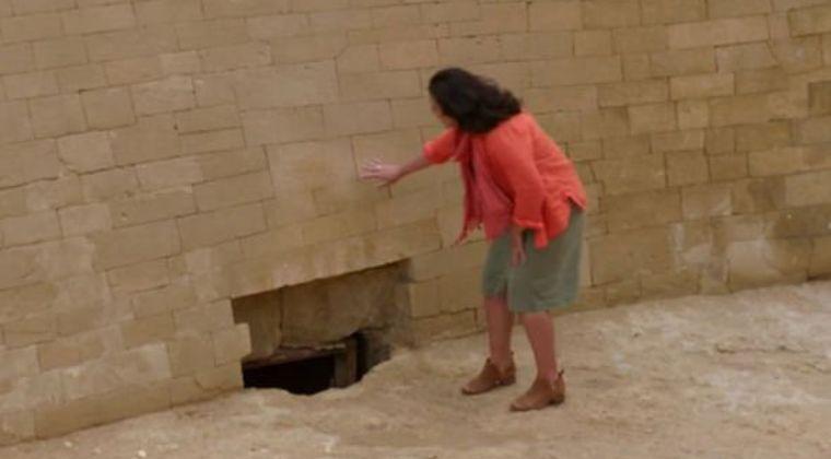 【エジプト】スフィンクスの下から新発見された穴…「失われたファラオの宝物」発掘の可能性