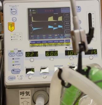 WHO「新型コロナウイルスで重症になったら死亡率は『50%』を超えます」「各国は感染者が重症化しないように人工呼吸器などをたくさん用意して」