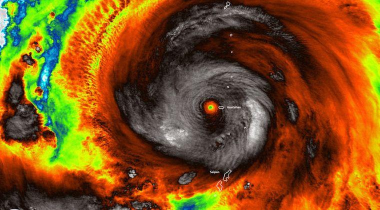 【カテゴリー5】地球史上最大レベル?台風19号にアメリカも注目!専門家「存在しない6クラスに相当」…東京直撃予測で「8000人」が犠牲に