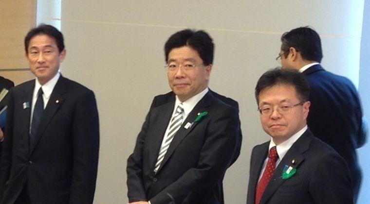 新型コロナウイルス瀬戸際だった1~2週間が経過 → 加藤厚労大臣「日本国内では爆発的な感染拡大には進んでいない。なんとか持ちこたえている」